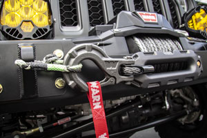 Jeep Gladiator Build with aftermarket Warn Winch